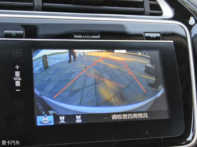 倒车雷达+辅助影像双重倒车奔驰迈巴赫和迈巴赫图片