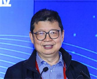 中國社會科學院金融研究所保險研究室主任郭金龍發言_副本.jpg