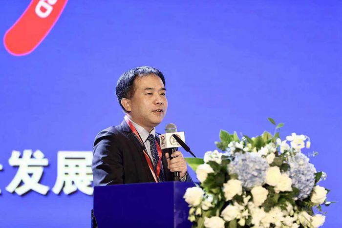 廣發證券宏觀首席分析師郭磊_副本.jpg