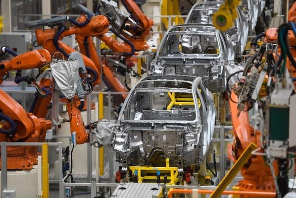 吉利汽車自動化焊接線.jpg