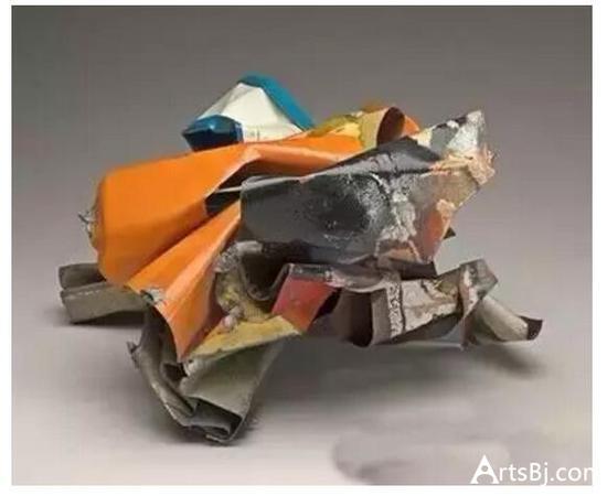 格沃尔夫妇藏品:约翰·张伯伦《被粉碎的汽车零件》