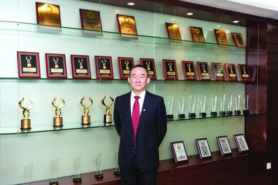 南方基金党委书记、董事长张海波